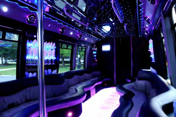 22 people party bus new orleans
