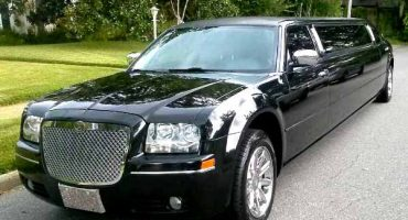 Chrysler 300 limo new orleans